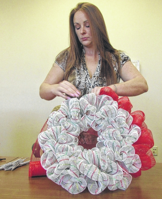 how to make a money wreath