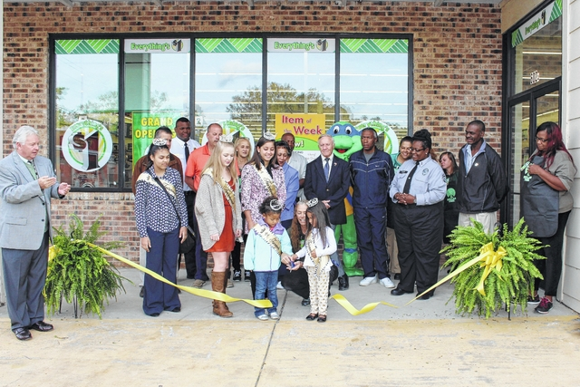 Dollar Tree opens new store in Fairmont | Robesonian