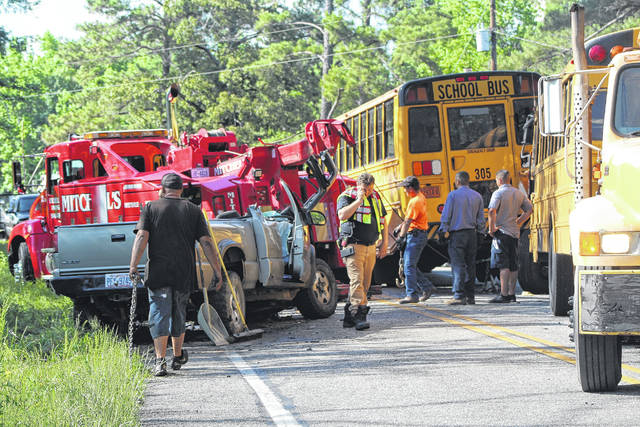 Wreck involves 2 school buses | Robesonian