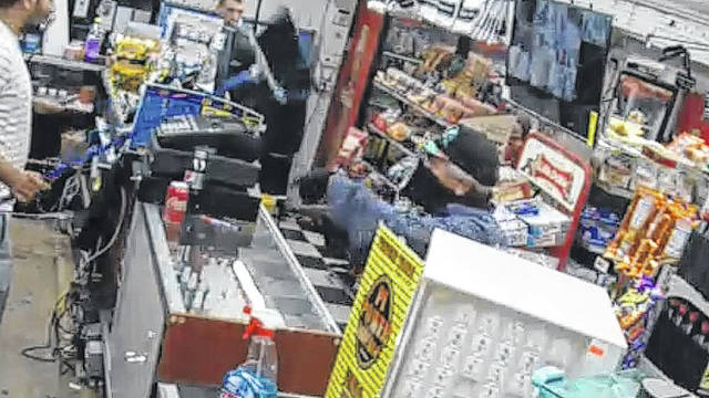 Images released of man who robbed store | Robesonian